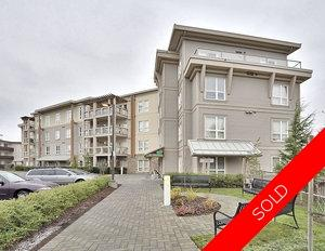 Esquimalt Condominium for sale: The Greenside 2 bedroom 906 sq.ft. (Listed 2009-12-15)